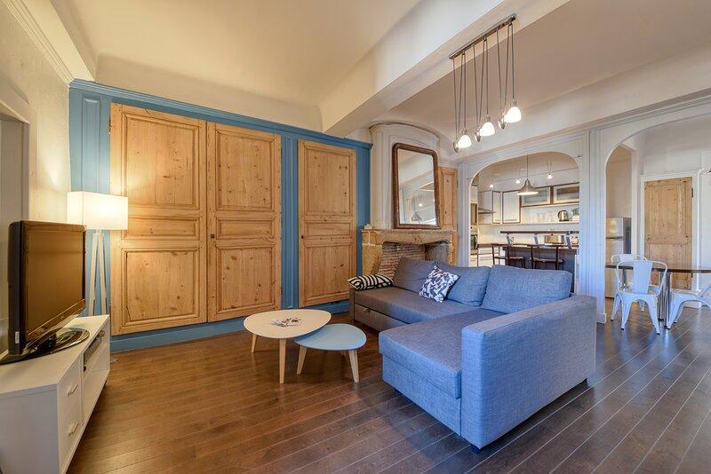 Le Faubourg des Gones, Appartement de charme, vacation rental in Couzon-au-Mont-d'Or