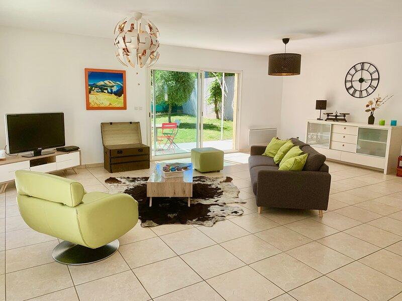 Spacieuse villa avec jardin Montpellier !, vacation rental in Montpellier
