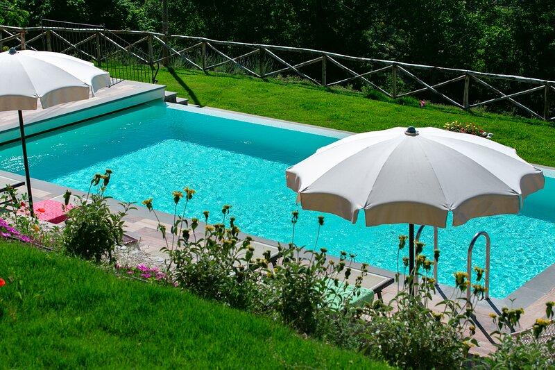 Agriturismo Tre Case - Apt. 3, holiday rental in Palazzo del Pero
