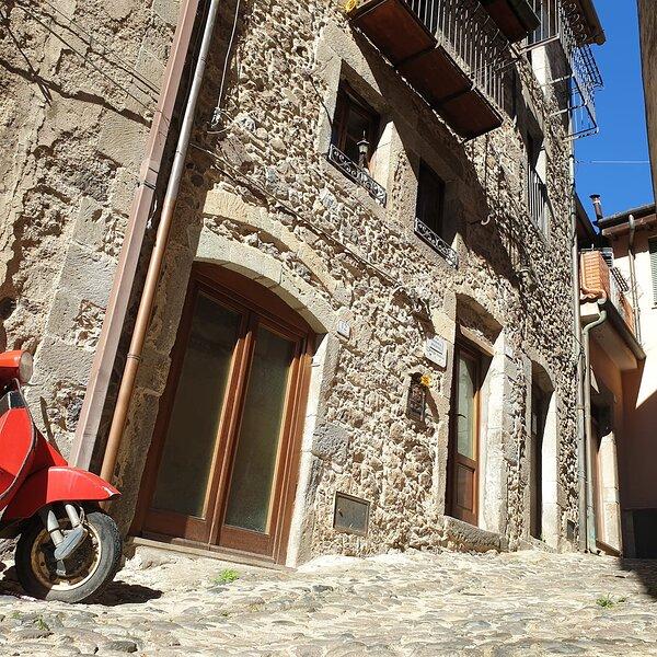 Vintage Sardinian Home, holiday rental in Nughedu Santa Vittoria