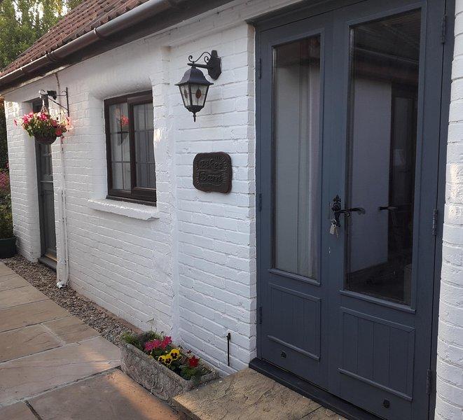 Pikes Barn - A true gem, walking distance to Taunton. Cosy and compact barn., vakantiewoning in Taunton