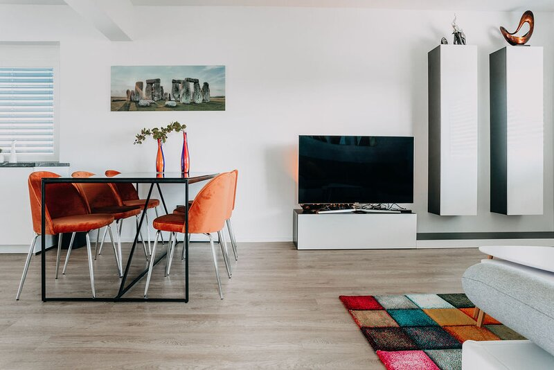 Lora & Lana Resort / Orange President Suite, holiday rental in Domzale