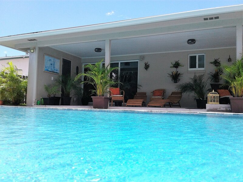 Studio Swim-up at Fort Lauderdale, aluguéis de temporada em Lauderhill