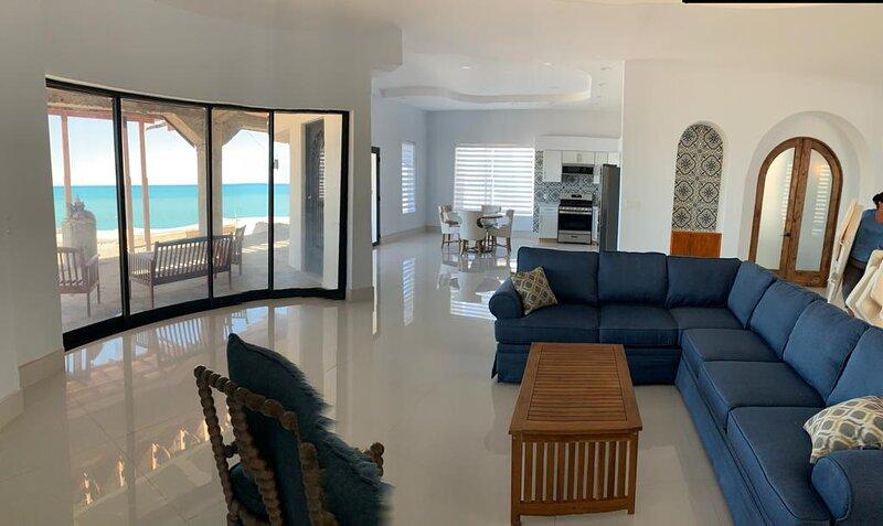 Club house with beautiful Ocean views., aluguéis de temporada em Baja California Norte