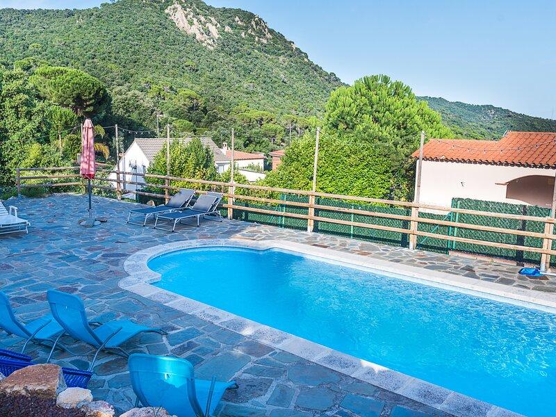 Villa with private pool 5min Golf Club only 10min beach – semesterbostad i Romanya de la Selva