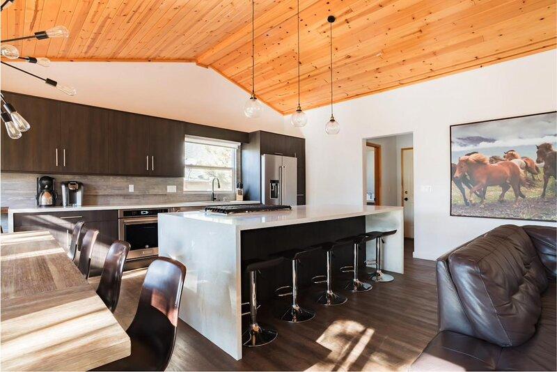 28 - RUSTIC-CHIC MOUNTAIN MODERN, alquiler de vacaciones en Big Bear Region