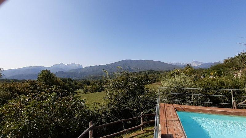 NEW! Marcione, own pool, beautiful mountain views, WIFI, walk to restaurant, vacation rental in Pieve Fosciana
