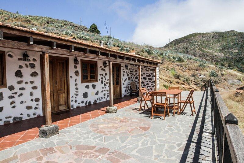 Amazing house with garden & terrace, alquiler vacacional en Santa Cruz de Tenerife