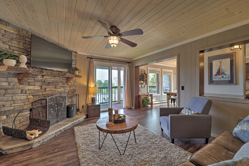 Beech Mountain welcomes you to stay at this lovely vacation rental condo!