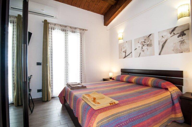 house Siracusa Centro, holiday rental in Testa dell Acqua
