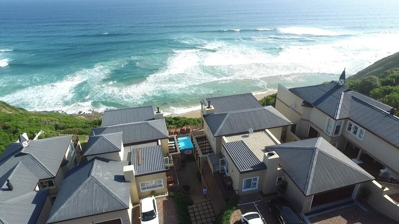 Brenton On The Rocks - 2 bedrooms for family or friends, holiday rental in Brenton-on-Sea