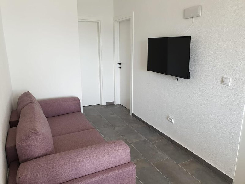 Three bedroom apartment Srima - Vodice, Vodice (A-18480-a), vacation rental in Prvic Sepurine