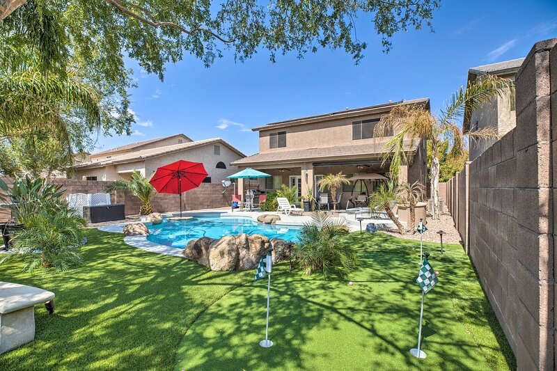 Luxury Maricopa Retreat with Private Pool & Patio!, holiday rental in Maricopa