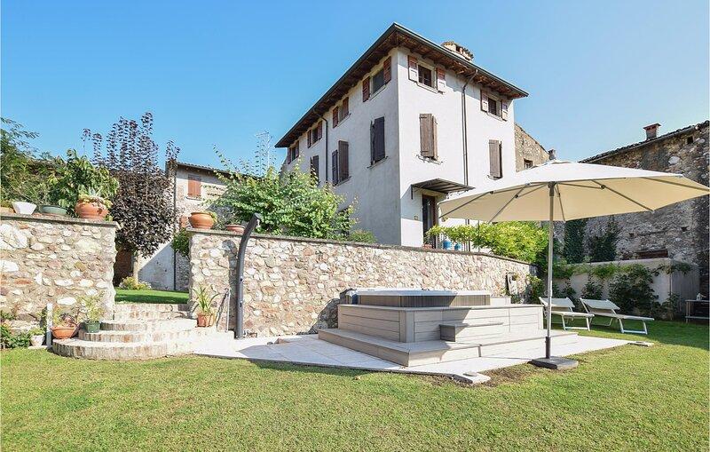 Casa Nel Borgo (IVG479), holiday rental in Cavriana