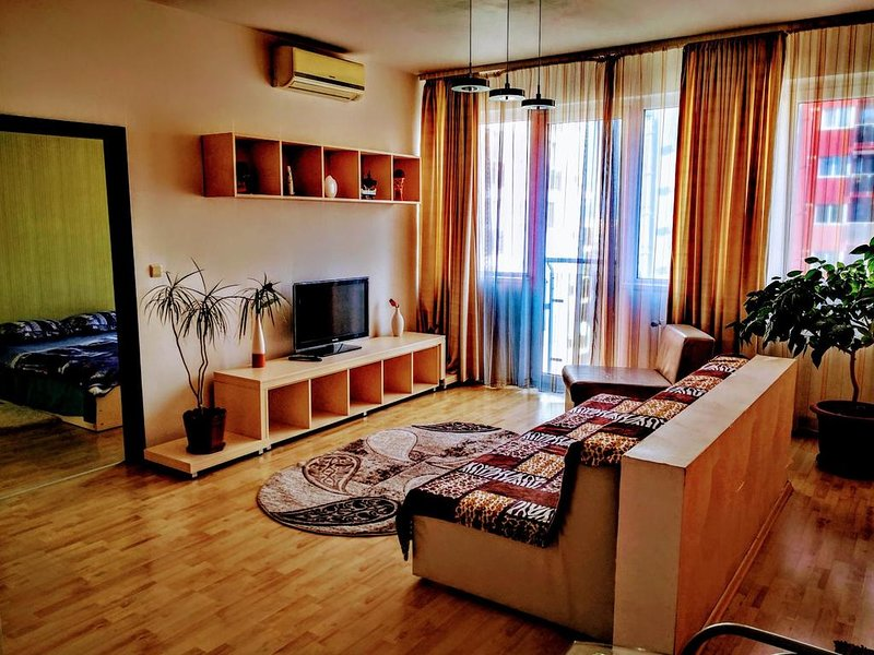 Relaxing & Welcome Apartment Arad, holiday rental in Arad County