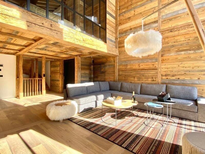 Superbe chalet avec piscine et espace détente, aluguéis de temporada em Val d'Isère