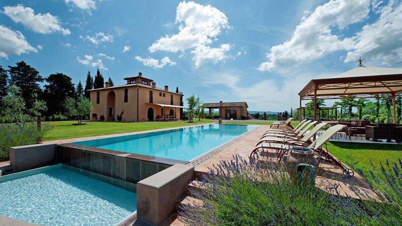 Luxury villa Flora, Ferienwohnung in Montelopio