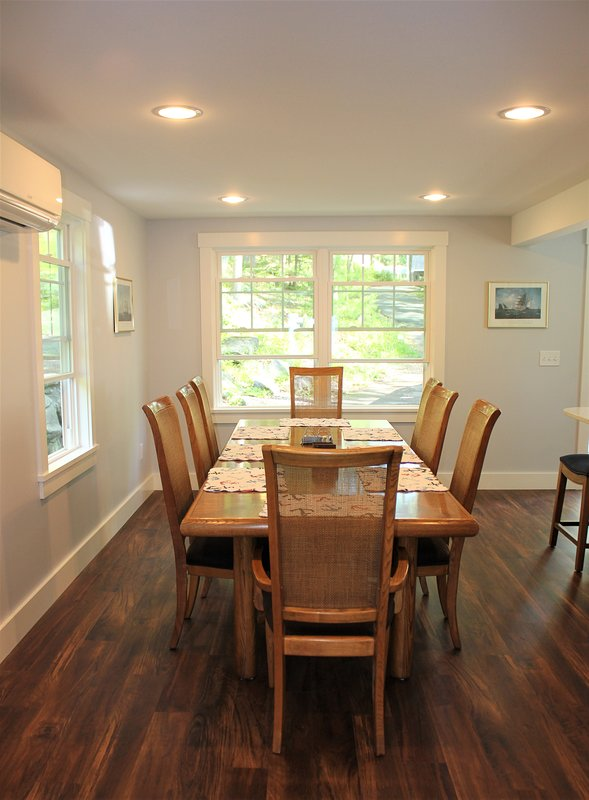 Lovely dining area opposite the kitchen