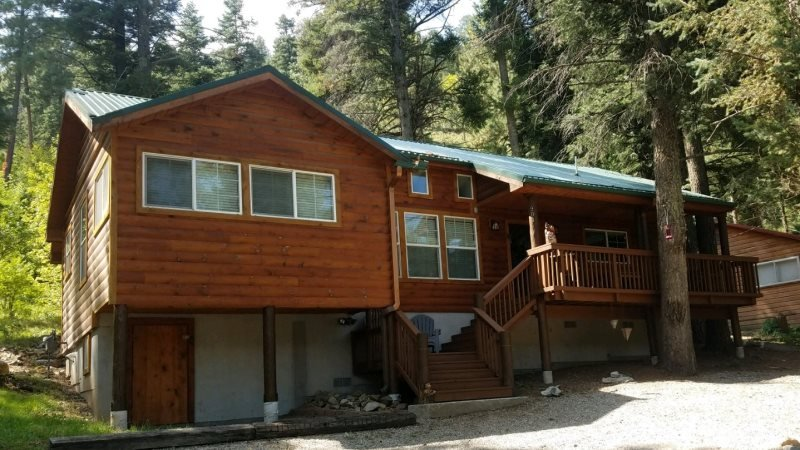 Jackalope Cabin  Jackalope Cabin - Cozy Cabins Real Estate, LLC., holiday rental in Ruidoso