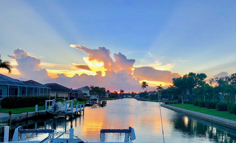 Waterfront Pool Home, vacation rental in Marco Island