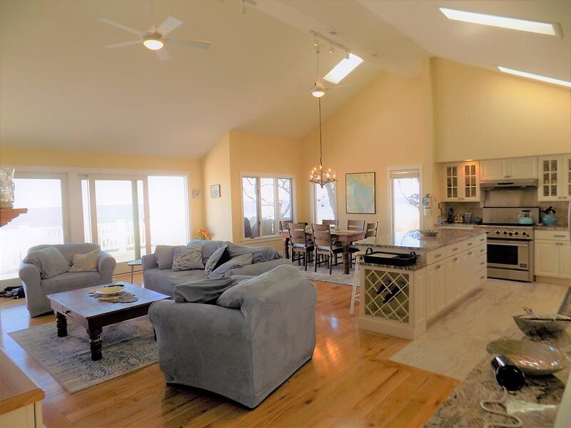 Water Front - Gorgeous Views 126390, holiday rental in North Cape May