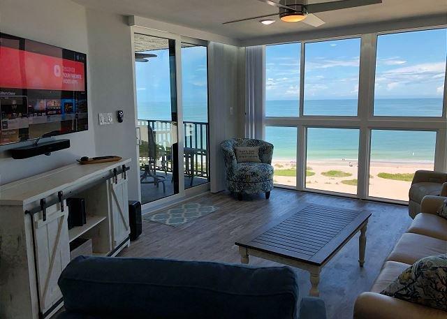 BRAND NEW Sand Key Beachfront Floor to Ceiling Views! 12th Floor Paradise, alquiler de vacaciones en Belleair