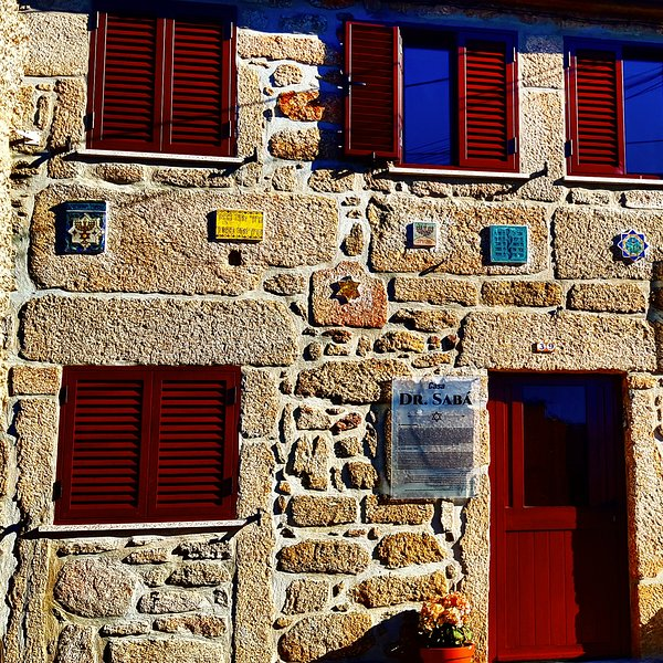 Casas Dr.Saba e Dom Yahya, holiday rental in Sortelha