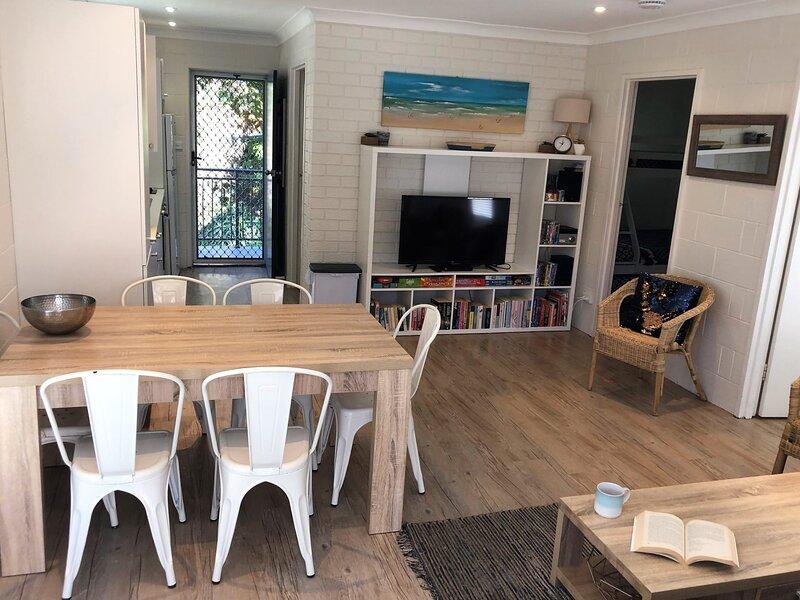 ALOHA AT BLUEYS  - Blueys Beach, NSW, holiday rental in Blueys Beach