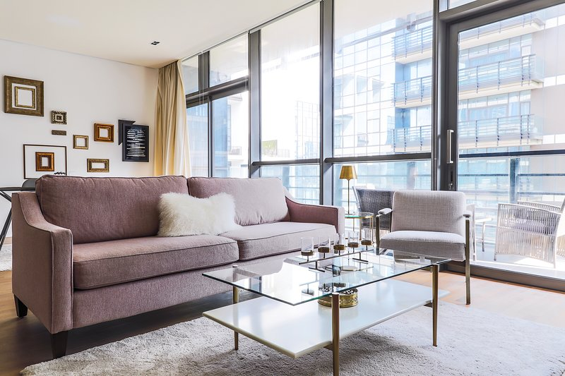 Spacious 1 Bed Apartment in City Walk – semesterbostad i Emirate of Ajman