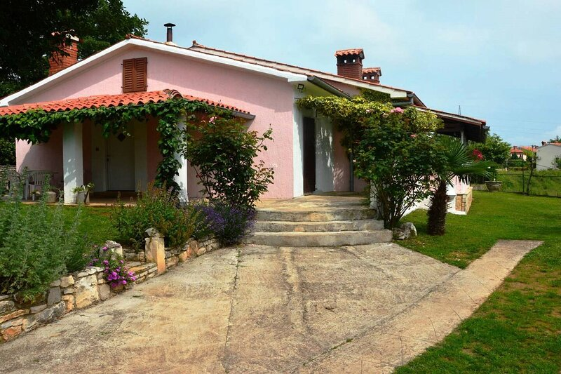 Holiday home Eda, holiday rental in Jurazini