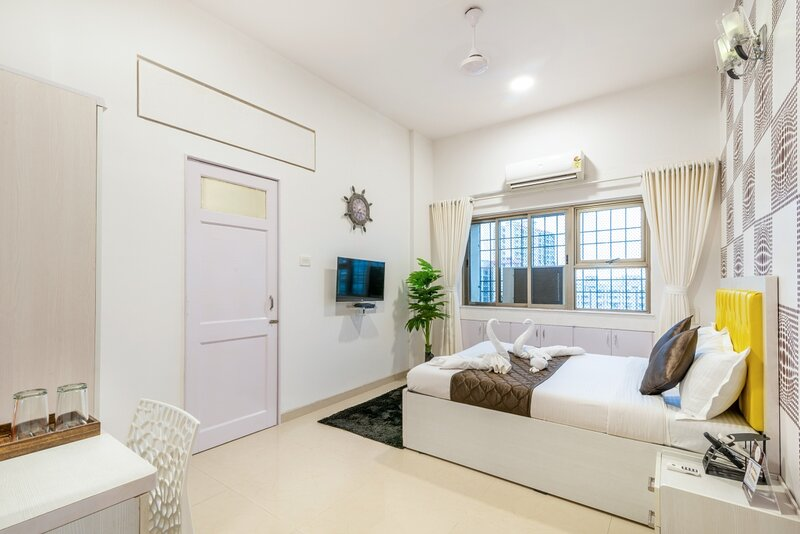 Exclusive Private room in Bandra East, holiday rental in Mumbai