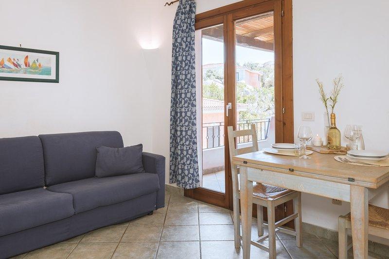 Appartamento bilocale per 4 persone – Palau Green Village, holiday rental in Palau