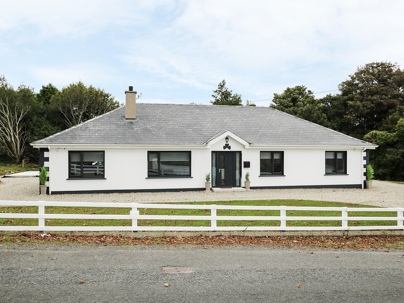 Gatehouse, Moville, County Donegal, holiday rental in Carndonagh