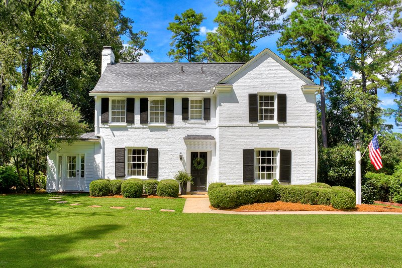 Masters Rental Beautiful Home Hill Section of Augusta 2 Mi to Augusta National, alquiler vacacional en Augusta