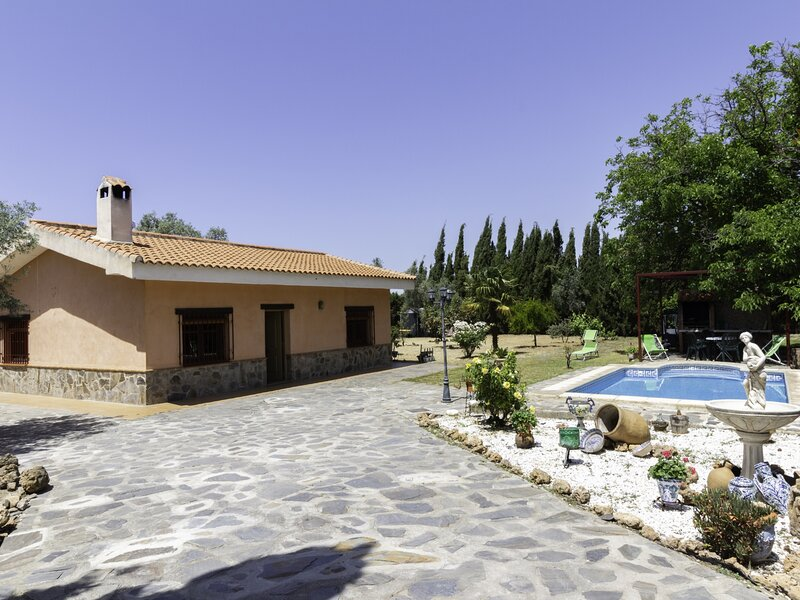 Andalusian rustic farmhouse with private pool and wifi – semesterbostad i Pinos del Valle