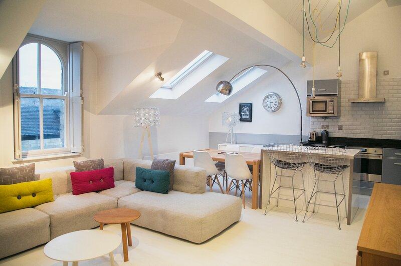 Regent House deluxe 1 bedroom apartment, holiday rental in Follifoot