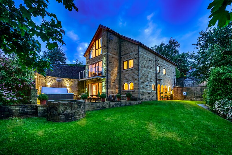 Stonewell House, holiday rental in Farnley Tyas