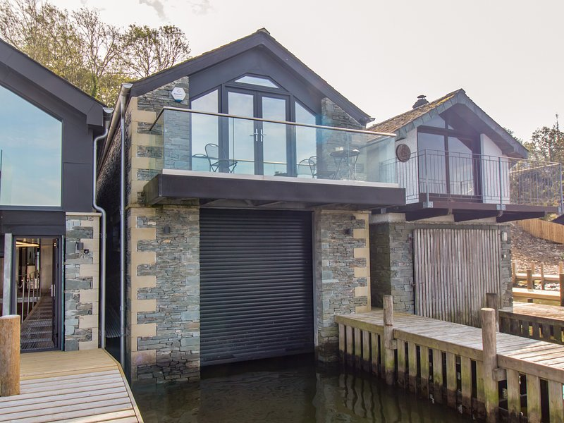 The Boat House at Louper Weir, Bowness-On-Windermere, vacation rental in Bowland Bridge