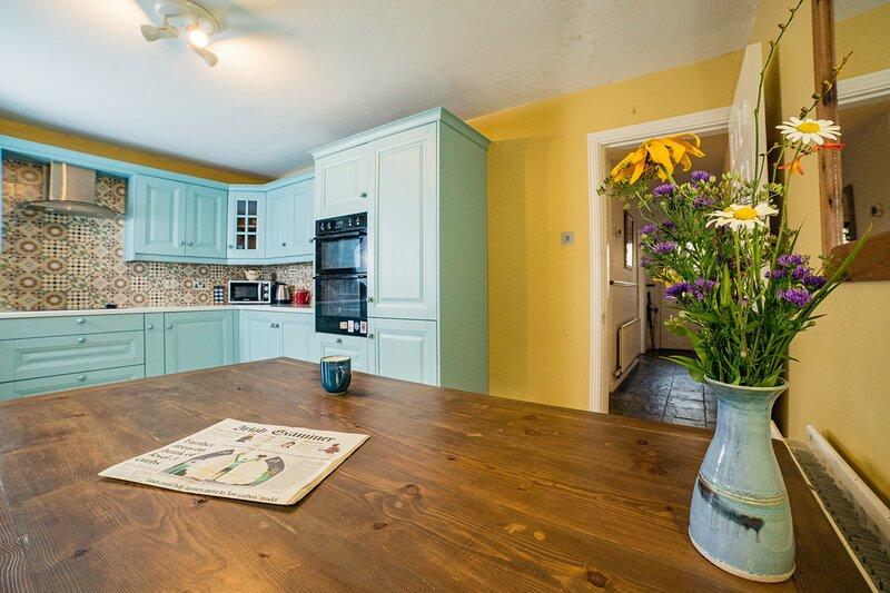 'The Heart of Westport' 3 Bedroom Private House in Westport Town Centre, location de vacances à Castlebar