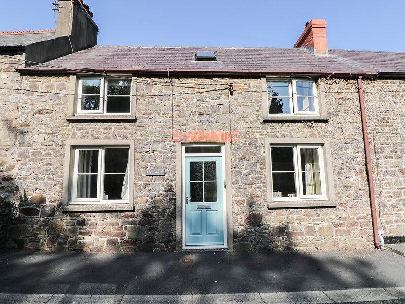 Oysterbank Cottage, Llangwm, Pembrokeshire, holiday rental in Landshipping