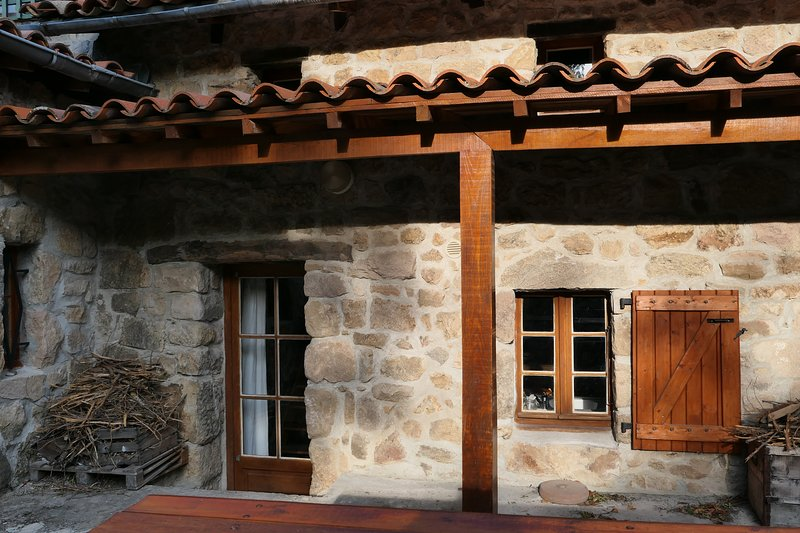 Amazing house with terrace, holiday rental in Saint-Prix