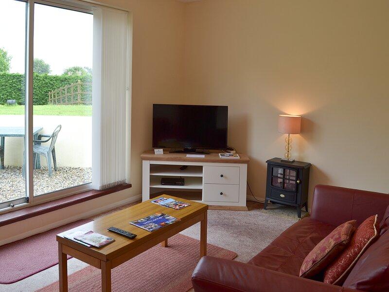 Honeysuckle Bungalow, vacation rental in Stokeinteignhead