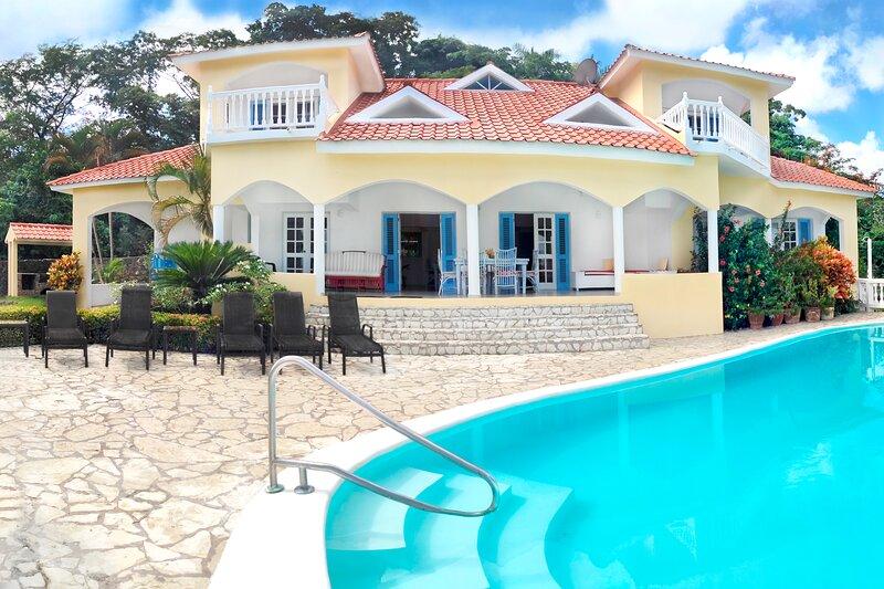 Villa  Colorado Bay - The perfect getaway, holiday rental in Las Galeras