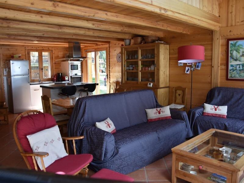 Beau et chaleureux chalet proche du centre, holiday rental in Pralognan-la-Vanoise