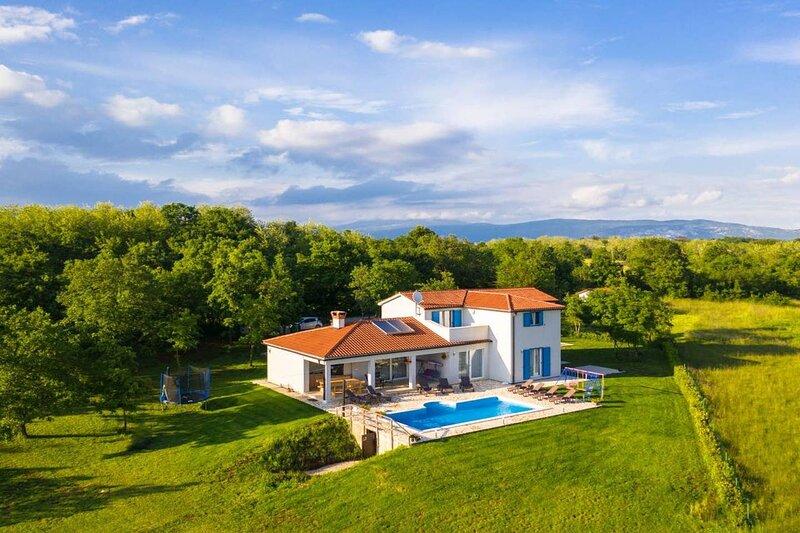 Villa Paradisso, casa vacanza a Vinez