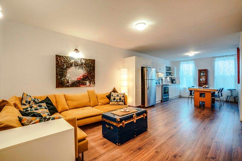 #665 Wonderful 2 Bedrooms in Quebec City, vacation rental in Wendake