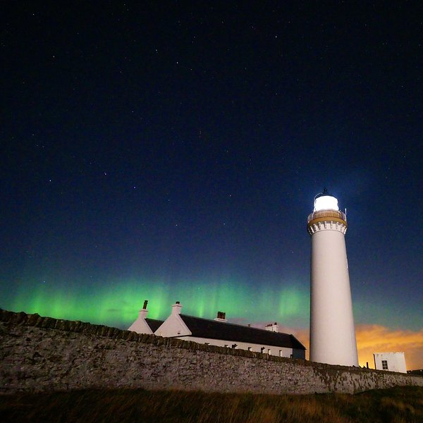 Cantick Head Lighthouse Cottage, vacation rental in Orkney Islands