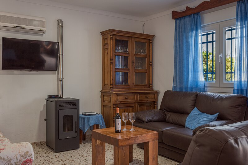 Casa Rural El Níspero, holiday rental in Benarraba