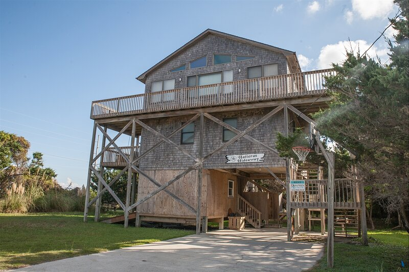HATTERAS HIDEAWAY 123, holiday rental in Frisco