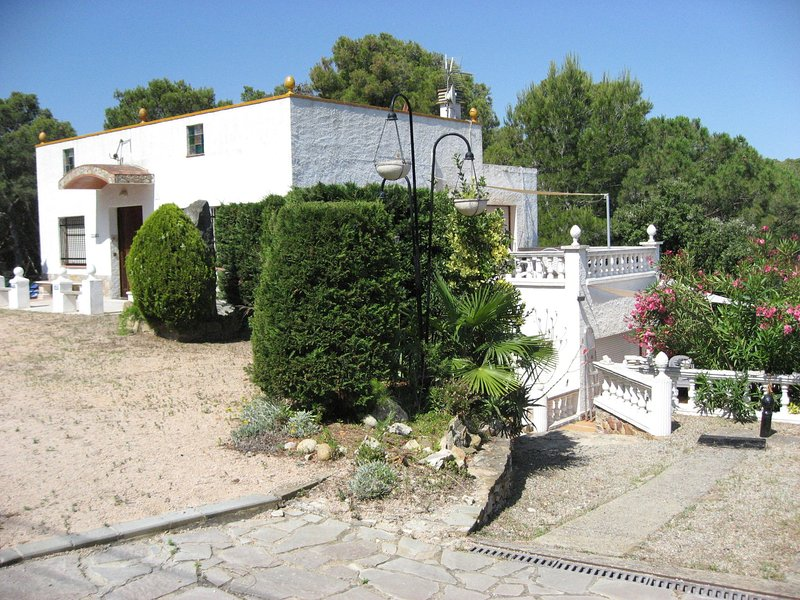 Apartment in Playa de Pals with Swimming Pool, vacation rental in Playa de Pals